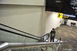 Bandara Ngurah Rai lakukan desinfeksi antisipasi virus Covid-19
