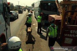 Tabrakan beruntun di Tol Cipali akibatkan dua orang meninggal