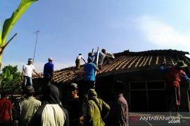 Ada ribuan rumah di Karawang tidak layak huni