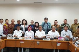 Ketua Kadin DKI Jakarta minta tinjau Perda yang tidak mendukung dunia usaha