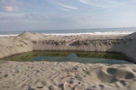Warga Kaur surati Presiden Jokowi tolak tambang pasir besi