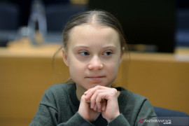 "Greta Thunberg balas cuitan Trump : ""Santai Donald, santai!"""
