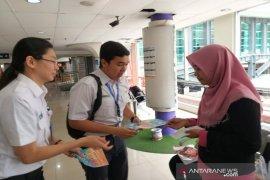 Manajemen KAI Sumut edukasi penumpang antisipasi  virus corona