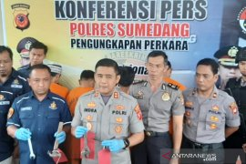 Polisi tangkap komplotan pencuri sepeda motor di Sumedang