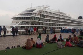 Kapal pesiar MV Viking tidak singgah Surabaya