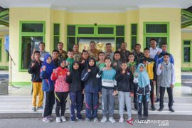 Wali Kota Padangsidimpuan lepas 16 karateka ke kejurda Sumut