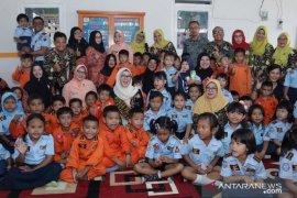 Bunda PAUD Babel berkunjung ke PAUD Terpadu Angkasa Lanud HAS Hanandjoeddin Belitung