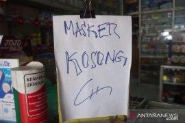 Rumah penimbun dua karung masker di Bandung digerebek polisi