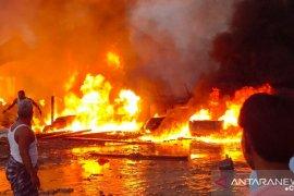 Dua warga terluka dalam musibah kebakaran di Desa Hitu