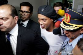 Ronaldinho ditahan, ngaku tak tahu paspornya palsu