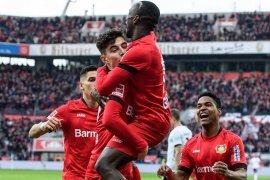 Leverkusen sodok empat besar Liga Jerman setelah hantam Frankfurt 4-0