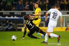 Taklukkan Gladbach, Dortmund rebut posisi kedua