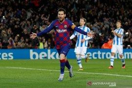 Liga Spanyol, penalti Messi antar Barcelona kembali ke puncak