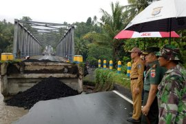 Pemprov Malut siap distribusikan bantuan logistik korban banjir