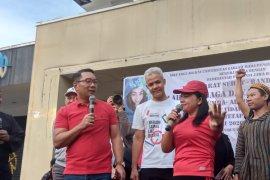Duet Emil-Ganjar  sosialiasi pencegah COVID-19 di Bandung