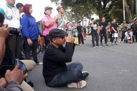 HUT ke-16 PFI Medan, gaya Wali Kota Medan beradu kamera dengan para pewarta