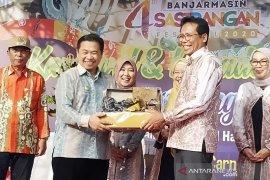 Fadjroel Rachman named as Sasirangan Ambassador