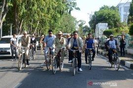 Tour sepeda onthel se sumatera di Aceh