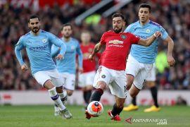 Menang derby Manchester, Solskjaer puji Bruno Fernandes