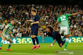 Diduga tertular corona, skuat Real Madrid harus dikarantina