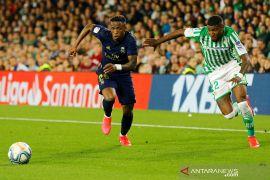 Liga Spanyol, Madrid dikalahkan Real Betis 1-2