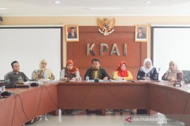 KPAI: Orang tua jangan ajak jalan-jalan anak yang diliburkan