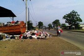 TPA sampah Jalupang Karawang mendekati overload