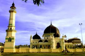 Pahlawan Nasional Tengku Amir Hamzah dan Masjid Azizi Tanjungpura ikon sejarah tak terpisahkan