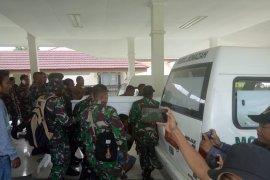 Prajurit TNI gugur ditembak KKB usai berwudhu hendak shalat subuh