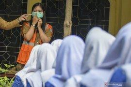 Gubernur Jakarta hentikan kegiatan sekolah dua pekan terkait COVID-19