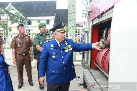 Safrial sebut petugas Damkar Tanjab Barat telah berikan pelayanan terbaik