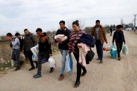 Pesawat tak dikenal gempur kota perbatasan Suriah