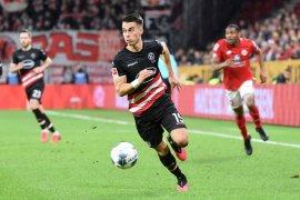 Liga Jerman, Gol Karaman selamatkan Duesseldorf dari kekalahan
