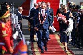 Raja dan Ratu Belanda tiba di Indonesia