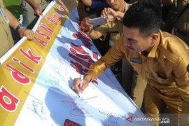 """ASN Bangka Belitung gelar aksi solidaritas """"Save Satpol PP"""""""