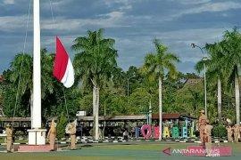 Kadis Pendidikan Pimpin Upacara Bendera Mingguan, Tingkatkan SDM Babel