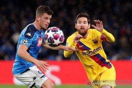 Laga Barcelona vs Napoli dimainkan tanpa penonton
