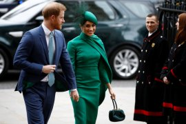 Selamat tinggal, Pangeran Harry dan Meghan lakukan tugas terakhir di kerajaan