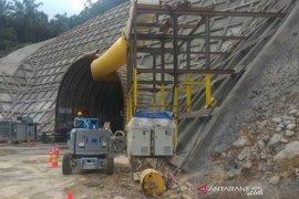 Proyek PLTA Asahan 3 bangun terowongan membelah bukit