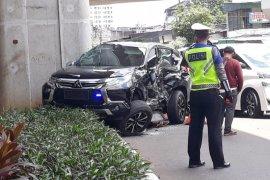 Istri Wakalemdiklat Polri alami kecelakaan di Jakarta Selatan