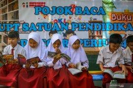 Jokowi: Skor kemampuan membaca para siswa di Indonesia rendah