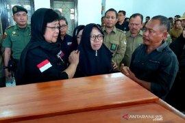 Siti Nurbaya lepas jenazah stafnya yang jadi korban kecelakaan speedboat