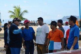 Sambut triathlon tingkat nasional, Wali Kota Sibolga bersama ASN bersih-bersih