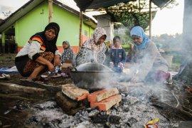 Korban gempa di Kalapanunggal Sukabumi butuh bantuan tenda