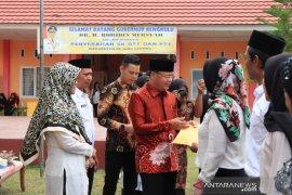 Gubernur Bengkulu janji naikan gaji pegawai honorer