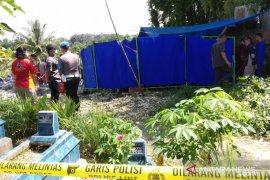 Penyidik Polda Bengkulu bongkar makam korban pembunuhan di Curup Timur
