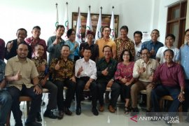 Anggota DPD: rangkul milenial Bali jadi petani