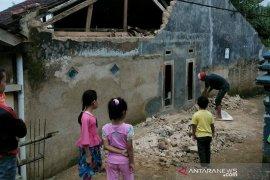 Pascagempa Sukabumi BMKG turunkan tim makroseismik untuk petakan sebaran kerusakan fisik