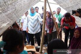 Korban gempa di Pamijahan Bogor takut pulang ke rumah