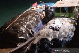 Penyelundupan barang bekas dari Malaysia digagalkan Bea Cukai Bengkalis